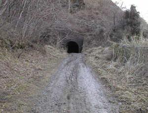 写真:トンネル北側入口2